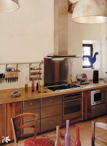 Maison contemporaine à Eygalières : Cuisine