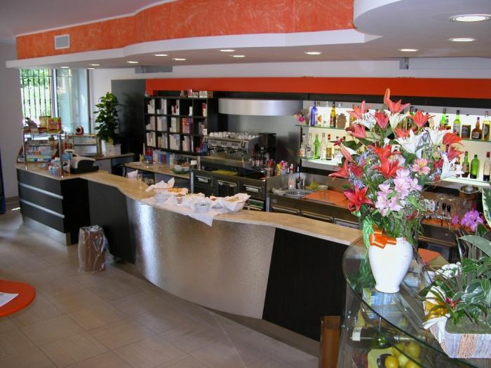 Réalisation d'un Café dans la province de Milan